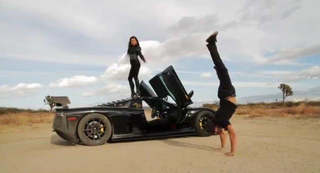 The Turbo LS7 Mosler Raptor-GTR's Ultra-Weird Video Debut