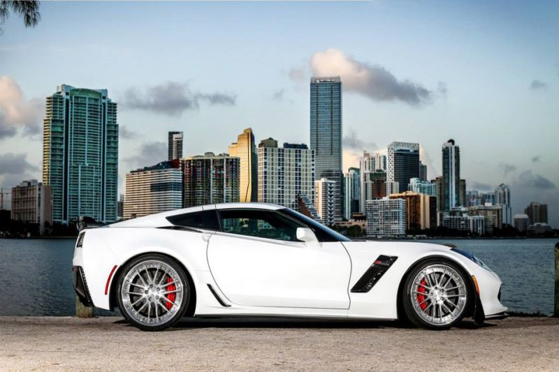 Real Header Turner – Corvette C7 Z06 Slammed with 20-Inch Wheels