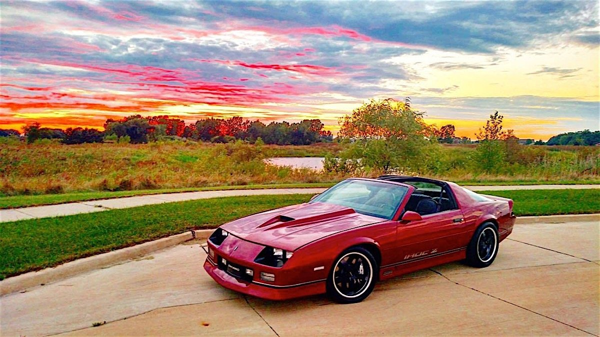 2017 Camaro Iroc Z >> IROC-Z: This Radical Resto-Mod Third-Gen Will Take You To School